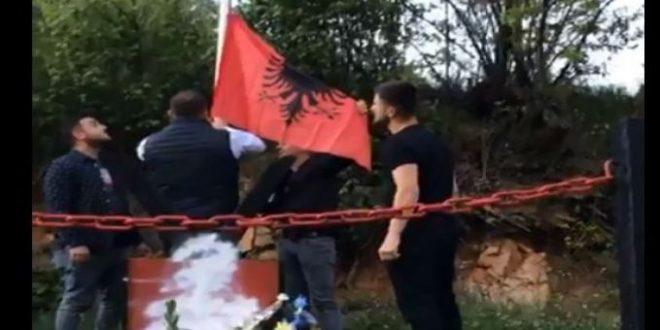 Rivendoset flamuri shqiptar që ishte larguar nga lapidari i dëshmorit i UÇPMB-së, Fatmir Ibishi në Konçul të Bujanocit