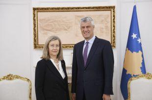 Kryetari i Kosovës, Hashim Thaçi, ka pritur në takim dhe ka biseduar me anëtaren e Senatit të Francës, Helen Mouret