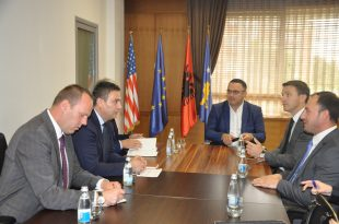 Ministri i Arsimit, Shyqiri Bytyqi premton ndarje të kuotave për studentët shqiptarë nga Mali i Zi