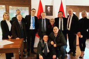 Lobi Euro-Atlantik Shqiptar i gëzohet vendimit të Qeverisë në detyrë të Kosovës për hapjen e kufijve tokësorë