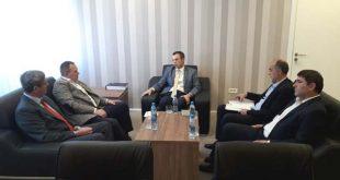 Kryetari i OVL UÇK-së, Hysni Gucati, u prit në takim nga ministri i Punës, Skënder Reçica