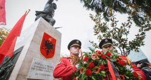 Rrustem Peçi: Sot, më 17 nëntor, Tirana feston 74-vjetorin e çlirimit, ku ishte asokohe Mid-hat Frashëri?