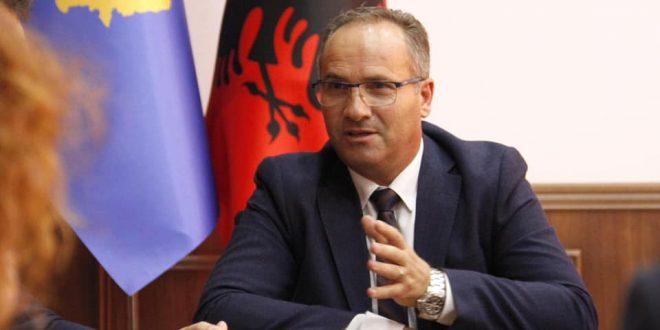 Ministri i Tregtisë, Vesel Krasniqi priti në takim ambasadoren e Kroacisë, Danijela Barishiq