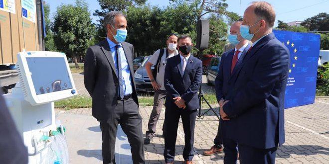 Ministria e Shëndetësisë ka pranuar sot 30 respiratorë donacion nga Bashkimi Evropian