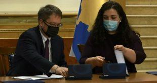 Kuvendi dhe Ambasada Britanike nënshkruajnë Memorandum Mirëkuptimi për emërime transparente në institucione