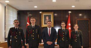 Ministri i Mbrojtjes, Armend Mehaj viziton Akademinë Ushtarake Tokësore në Turqi, takon oficerët nga Kosova