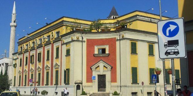 Bashkia e Tiranës është thellësisht e keqardhur për degradimin e rëndë në të cilin ka përfunduar Lëvizja Vetëvendosje, dega në Tiranë