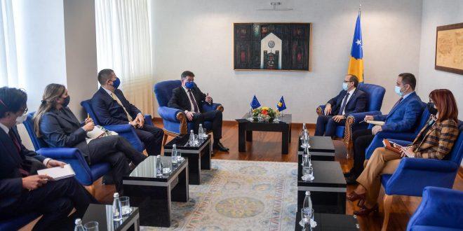 Avdullah Hoti: Sovraniteti e integriteti territorial i Kosovës nuk negociohet, Kushtetuta është e paprekshme