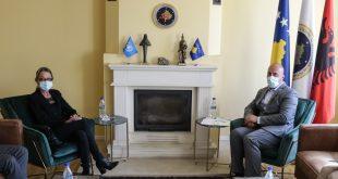 Kryetari i AAK-së, Ramush Haradinaj takon Ulrika Richardson, koordinatore për zhvillim në zyrën e OKB-së