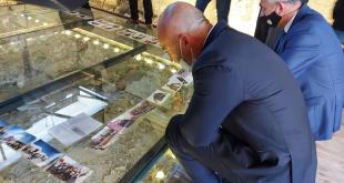 Në 22-vjetorin masakrës ndaj familjes Berisha në Therandë është hapur edhe një muze në qendër të qytetit