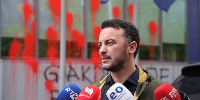 Kryetari i PSD-së, Dardan Molliqaj, ka kërkuar lirimin e menjëhershëm të aktivistëve të kësaj partie