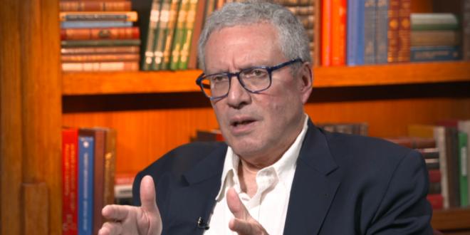 """Intervistë për """"Zërin e Amerikës, e ish-zyrtarit të Departamentit të Shtetit dhe analistit të njohur, James Hooper"""