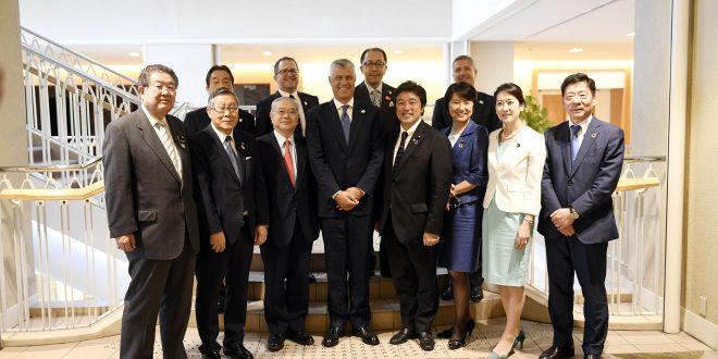 Gjatë vizitës në Japoni, kryetari Thaçi është takuar me guvernatorin e Prefekturës së Kyotos, Takatoshi Nishiwaki