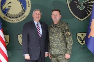 Komandanti i FSK-së, Rrahman Rama priti ambasadorin e ri amerikan Philip S. Kosnett