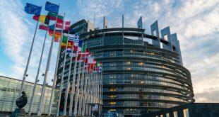 42 anëtarë të PE-së i shkruajnë Macronit dhe kryeministrit holandez më kërkesë liberalizimin e vizave për Kosovën