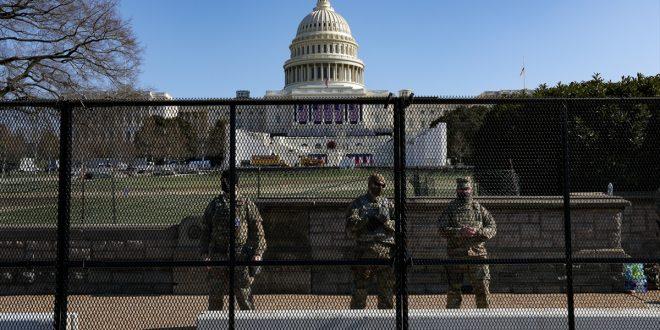 Pas trazirave në Kongres nga mbështetësit e Trumpit, ekstremistët po vazhdojnë të mobilizohen për të kryer dhunë