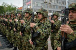 RKL: Cili është mesazhi i Serbisë dërguar Kosovës me vringëllimin e armëve në bazën ushtarake të Nishit?