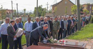 Në Ferizaj është shënuar Dita e Veteranit të UÇK-së dhe 20 vjetori i rënies së dëshmorit, Nazmi Ukësmajli