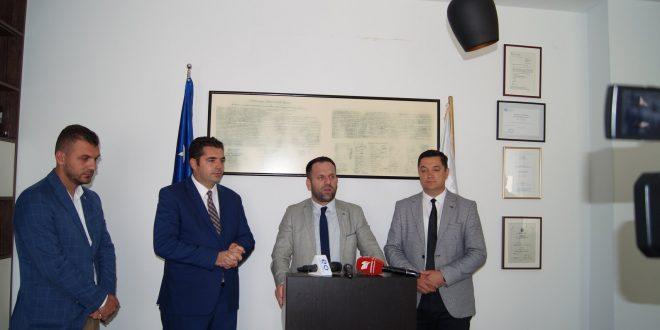 Ministri i Tregtisë dhe Industrisë, Bajram Hasani thotë së nuk do të lejojmë që askush të luaj me bizneset tona