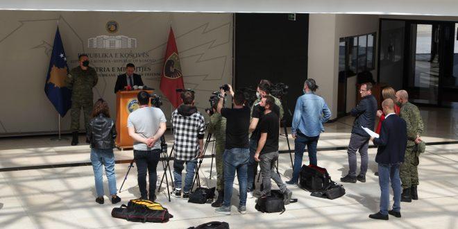 """U mbajt një konferencë për media e FSK-së për stërvitjen """"DEFENDER EUROPE 21"""""""