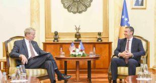 Kryekuvendari, Kadri Veseli priti në takim lamtumirës ambasadorin amerikan, Delawie