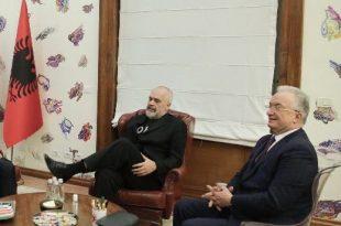 Xhavit Haliti kërkon nga Edi Rama hapjen e disa qendrave të vaksinimit për të gjithë qytetarët e Kosovës