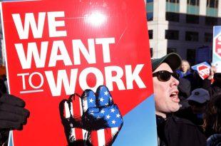 Mbyllja e Qeverisë amerikane mund të shkurtojë rritjen e punësimit në 500 mijë në janar dhe të rris në 4.0%