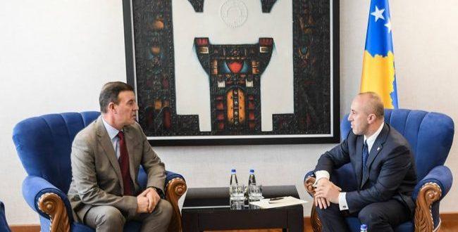 Kryeministri i vendit, Ramush Haradinaj është takuar sot me kryetarin e Kastriotit, Xhafer Gashi