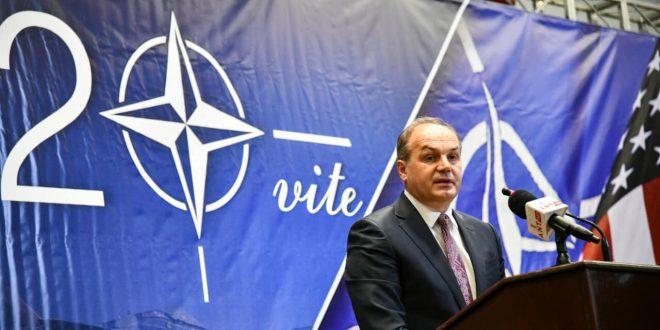 Për Enver Hoxhajn nuk ka ekzistuar UÇK-ja, por vetëm BE-ja dhe NATO-ja, që na paskan çliruar