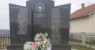 21 vjet nga masakra e Rezallës në të cilën policia dhe ushtria serbe a ka ekzekutuar mizorisht 98 shqiptarë