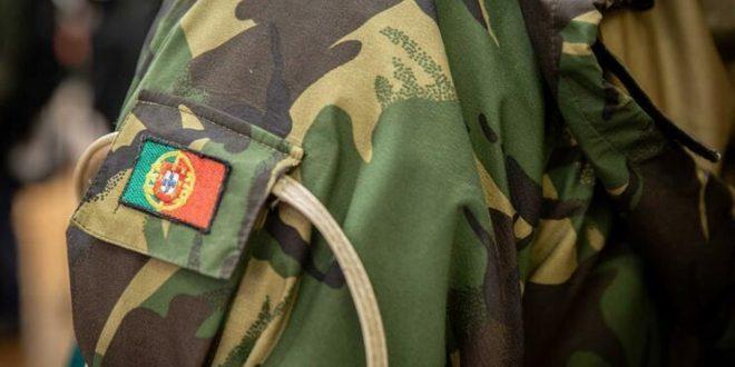 Pesëmbëdhjetë ushtarë portogez vijnë sot në Kosovë për të mbështetur afganët e evakuuar nga Kabuli