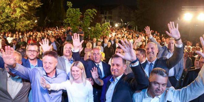 Kandidati për deputet i koalicionit AAK-PSD, Gani Dreshaj i falënderon bashkëvendasit e tij për mbështetje