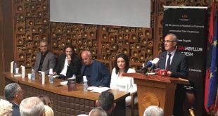 """Në 20-vjetorin e masakrës së Dubravës, promovohet libri i kujtimeve """"Qarku i (pa) mbyllur burgjesh"""" i autorit, Enver Dugolli"""