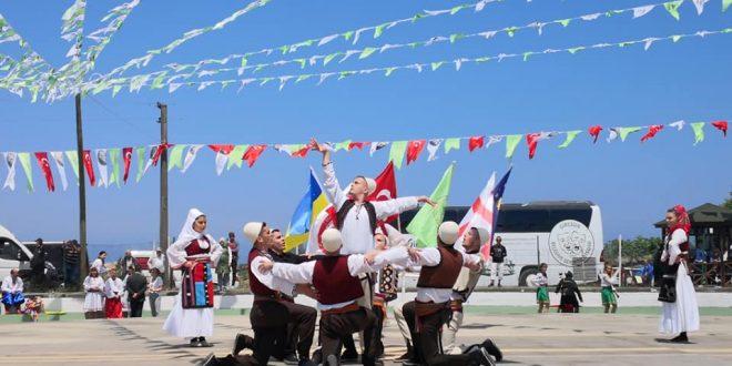 """Ansambli """"Drenica"""", nga Skenderaj po e përfaqëson Kosovën në Festivalin Ndërkombëtar """"Aksu Giresun"""" në Turqi"""