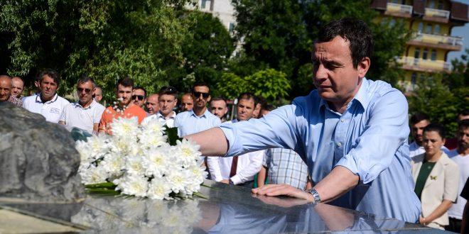 Vetëvendosje në përvjetorin e çlirimit të Malishevës bënë homazhe të shtatorja e Adem Jasharit dhe në Kleqkë