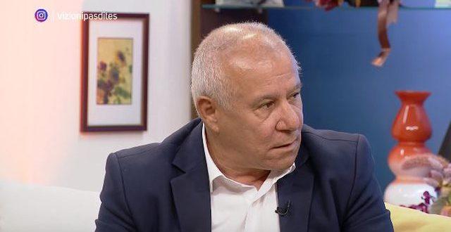 """Albert Z. ZHOLI: Flet këngëtari i mirënjohur i Polifonisë, Nazif Çela: Në vitin 1988 në Francë, këngën """"Janino ç'të panë sytë"""" e kthyen disa herë"""