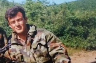 Hysen Gashi: Unë jam invalidi i mbijetuar i shpërthimit të minave me 21 qershor 1999, te Shkolla e Arllatit