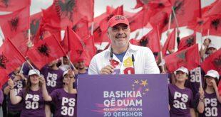 """Kryeministri i Shqipërisë, Edi Rama, e quajti lëvizjen e opozitës një """"vetëvrasje perfekte politike"""""""