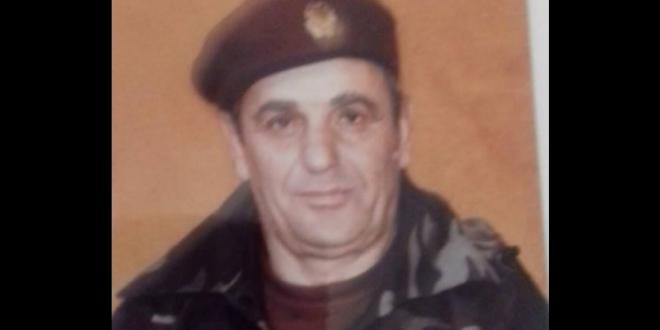 Vdiq koloneli i Ushtrisë së Shqipërisë, Hysen Ymeri, që kishte ushtruar Adem Jasharin dhe Zahir Pajazitin