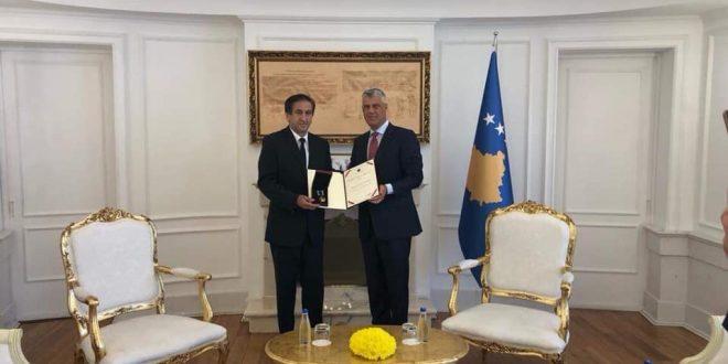 Në 21 vjetorin e rënies heroike të dëshmorit të kombit, Vezir Ademaj, dekorohet me Urdhrin Hero i Kosovës