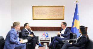 Zëvendëskryeministri Limaj ka pritur sot në takim lamtumirës ambasadorin e britanez në Kosovë Ruairi O'Connell