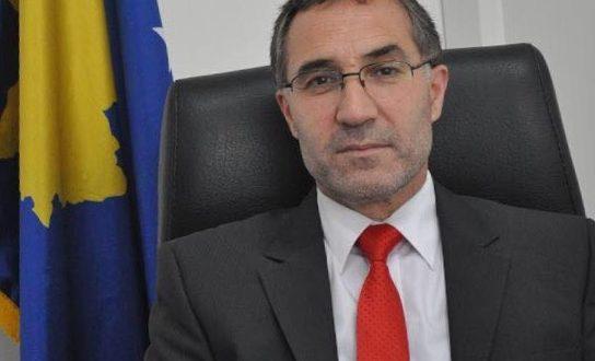 Ish-ambasadori i Kosovës në Australi, Hajdin Abazi, ka thënë se nuk pati asnjë diplomat në dorëzim-pranimin e detyrës