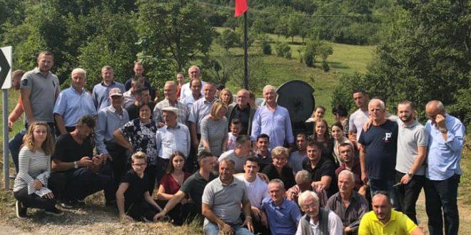 Xhavit Haliti: Duke i kujtuar dëshmorët dhe martirët e kombit e kujtojmë luftën e lavdishme të UÇK-së