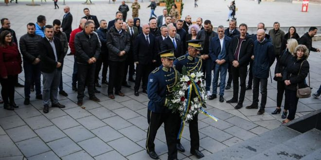 Kryeministri Haradinaj: Zahiri dhe bashkëluftëtarët e tjerë janë shembuj të atdhedashurisë dhe vetëmohimit