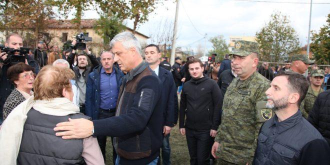 Thaçi: Gjendja në Durrës dhe Thumanë vazhdon të jetë e rëndë, Kosova dërgon forca tjera të specializuara të FSK-së