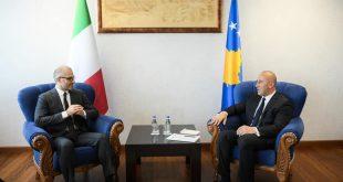 Kryeministri Haradinaj ka pritur sot në një takim ambasadorin e ri të Italisë në Kosovë, Nicola Orlando
