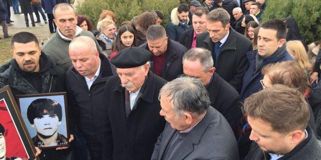 Në 30 vjetorin e rënies u përkujtuan dëshmorët: Halim Hoti, Nesimi Elshani Agron Fetahu dhe Hilmi Krasniqi
