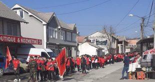 Në Han të Elezit më një aktivitet është shënuar 21 vjetori i krismës së parë e luftës çlirimtare tek Puset e Nikës