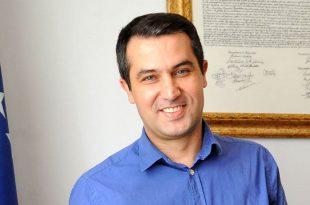 Adil Behramaj: Nuk kemi Qeveri të Kosovës por të Lëvizjes Vetëvendosje