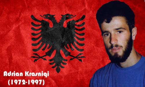 Sot bëhen 21 vjet qysh kur dëshmori i kombit, Adrian Krasniqi, ka rënë heroikisht gjatë një aksioni në Kliçinë